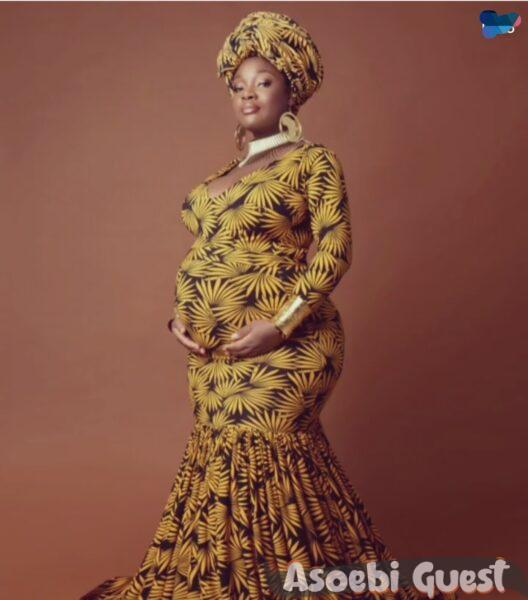 cool fm aop toolz looking like a pregnant goddess in Ankara